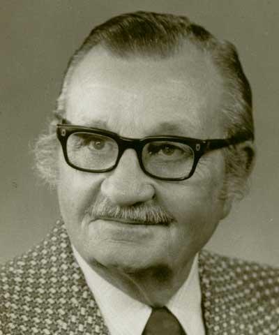 Albert Dimond, Lovington, Ill., ASA president 1955-57