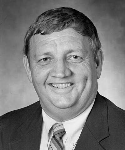 Marlyn Jorgensen, Garrison, Iowa, ASA president 1989-90