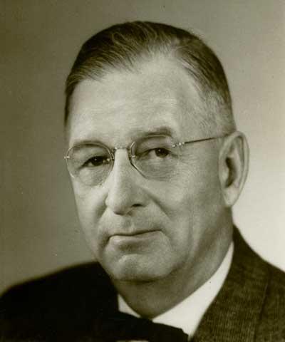 Howard Roach, Plainfield, Iowa, ASA president 1944-46