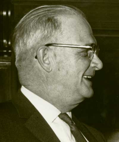 Charles V. Simpson, Waterville, Minn., ASA president 1960-63